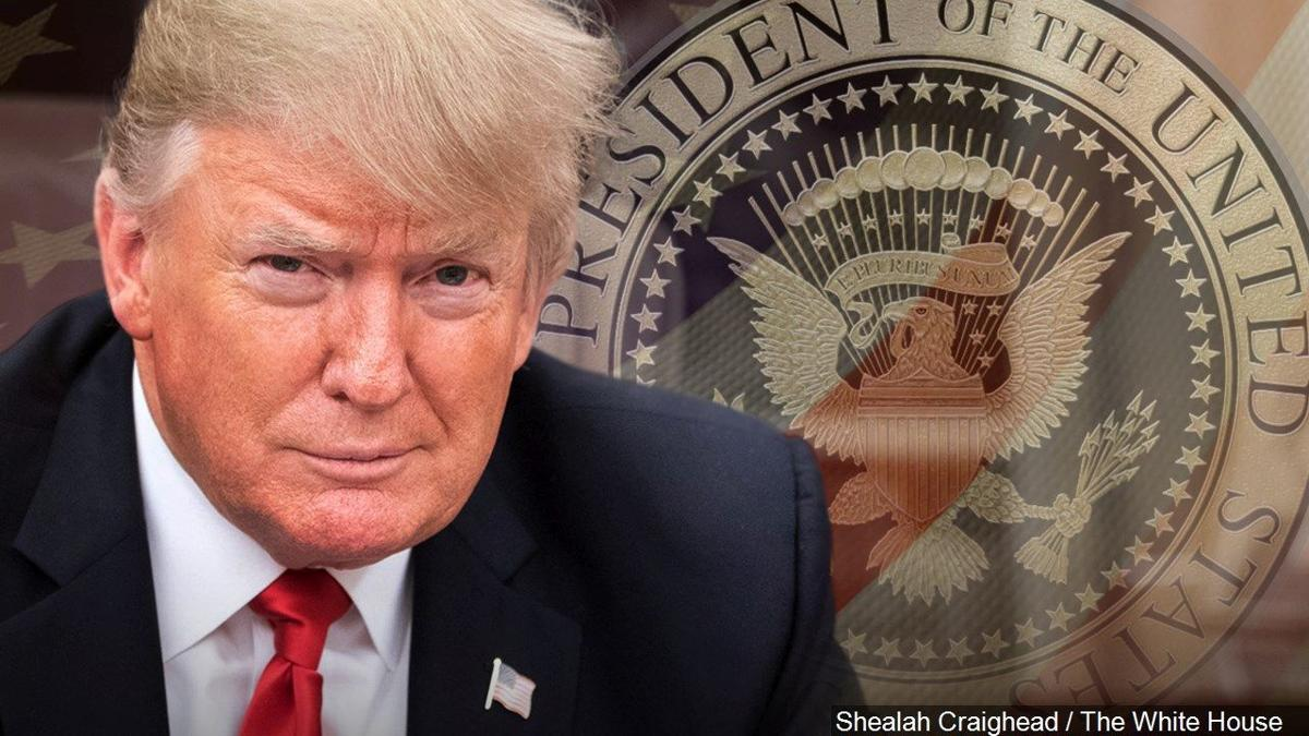 1-25-19 President Donald Trump - presidential seal.jpg