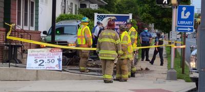 Vehicle crashes outside Flanagan's Pub