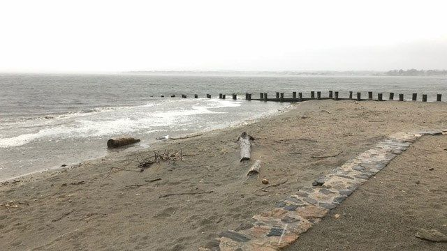 Shoreline residents dealing with strong winds, flooding