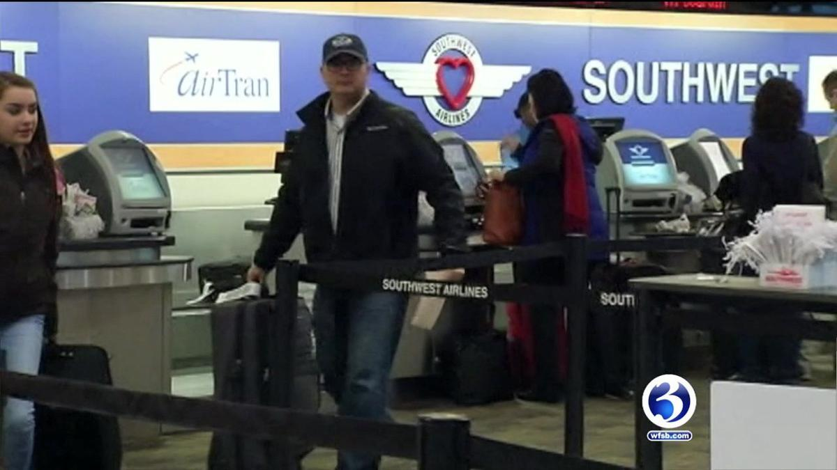 Video: Record number of travelers expected for holiday