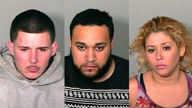 3 arrested for armed robbery outside of New London bar
