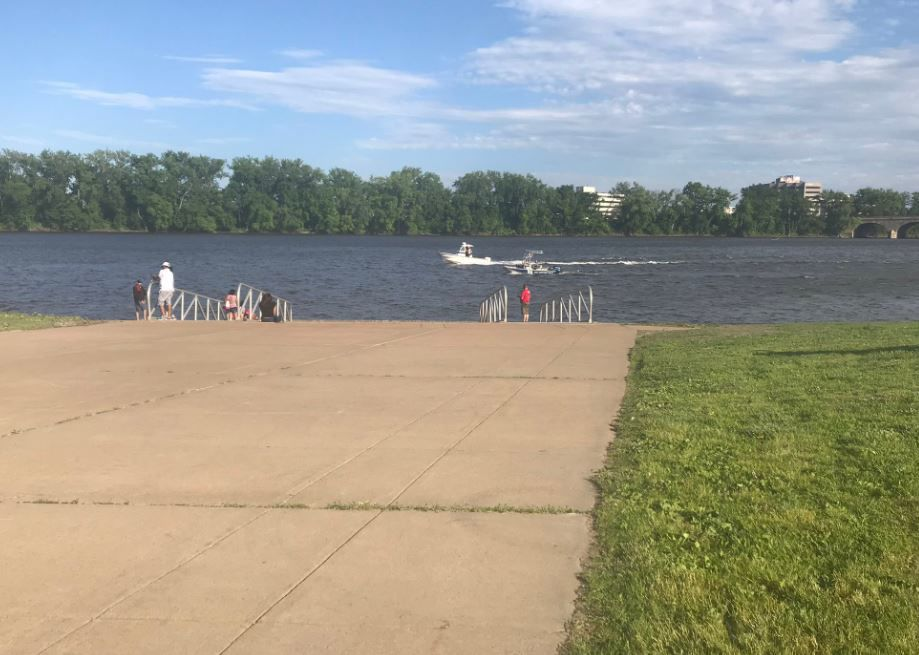 East Hartford River Search2