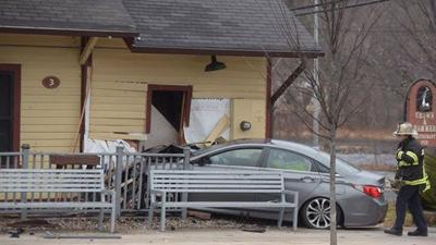 Canton restaurant reopens after deadly crash