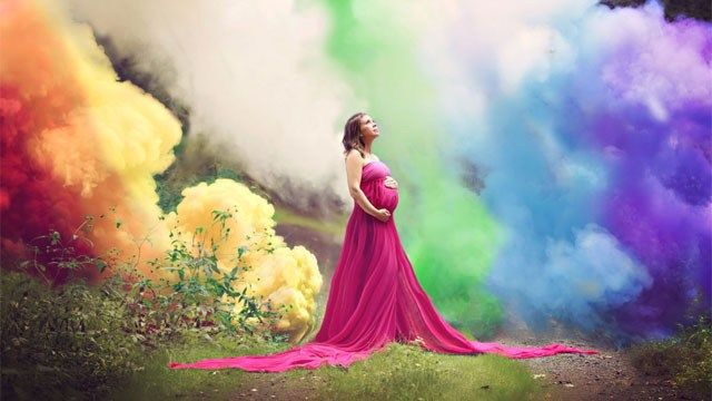 CT mother's pregnancy photo shoot goes viral