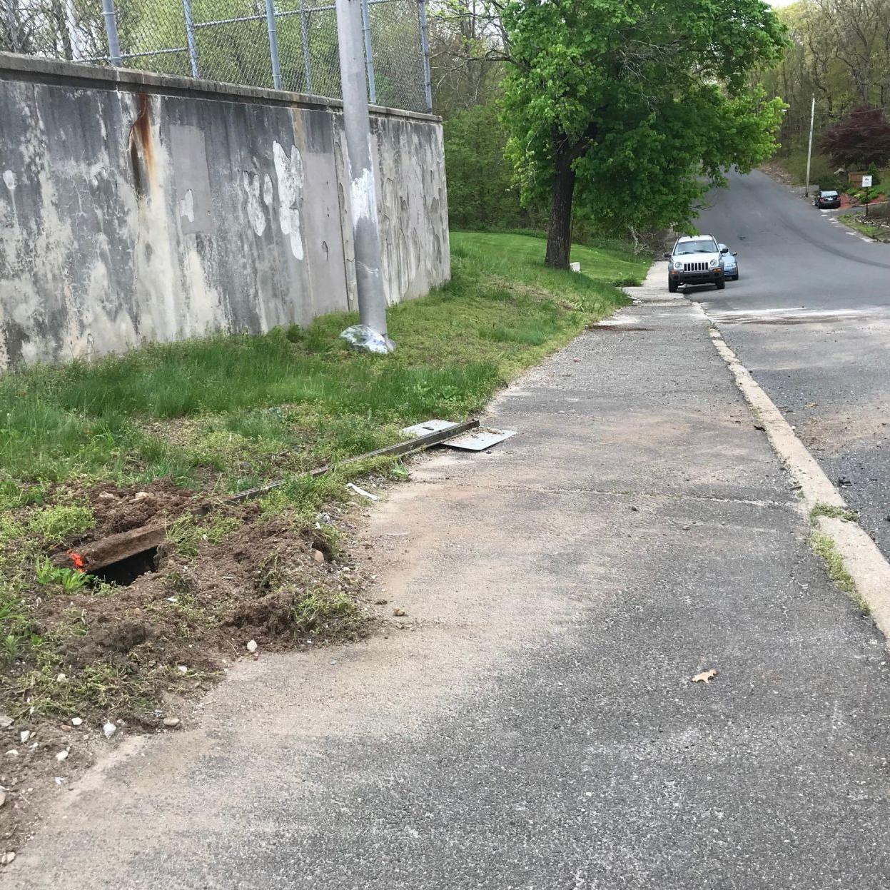 18-year-old girl identified in Waterbury deadly rollover