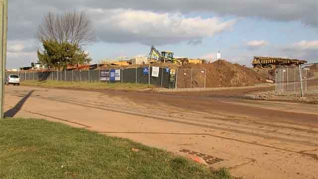 Middletown residents are frustrated over FedEx distribution center construction