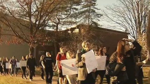 Hartford, New Haven college students protest president-elect Trump