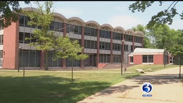 UConn s Board of Trustees approves West Hartford campus sale