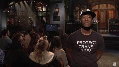 Don Cheadle made a powerful statement with his wardrobe choice on 'SNL'