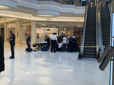 Man in custody after witnesses say he threw child from 3rd floor at Mall of America