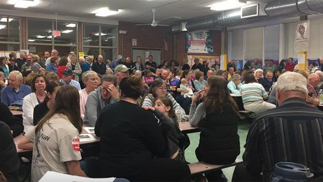 Residents pack meeting about potential casino coming to East Windsor