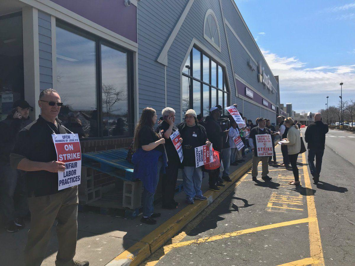 stop and shop strike.jpg