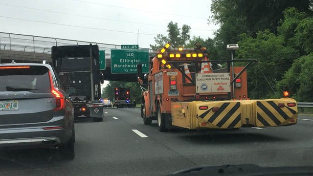 Truck towing camper crash scene clears on I-91 in Enfield | News