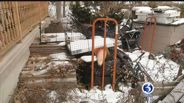 Neighbors want town to do more about blighted properties