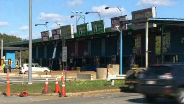 Cash toll booths along Mass Pike will soon be a thing of the past
