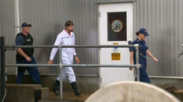 Man at center of boating mystery wants warrant sealed