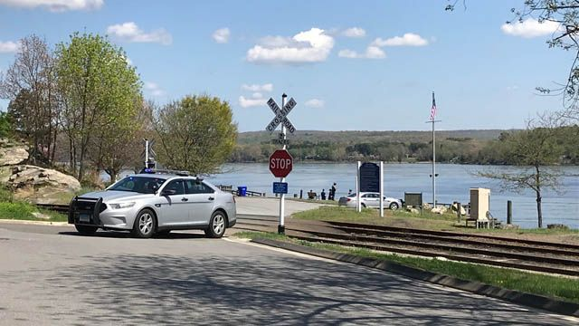 Body found in Connecticut River on Essex/Deep River line