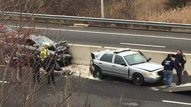 Injuries reported in Brookfield crash that involved state police cruiser