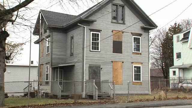Waterbury isn't looking to ban plywood on abandoned homes