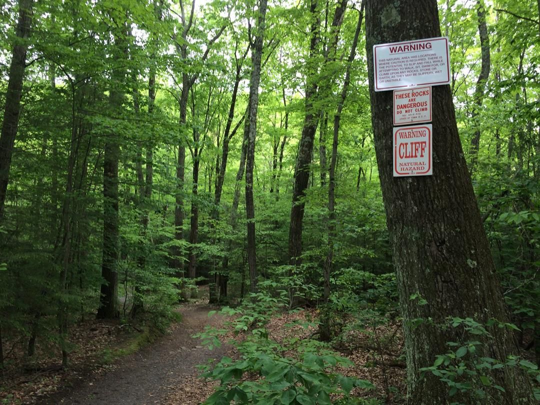 Teen injured after fall at Granby state park