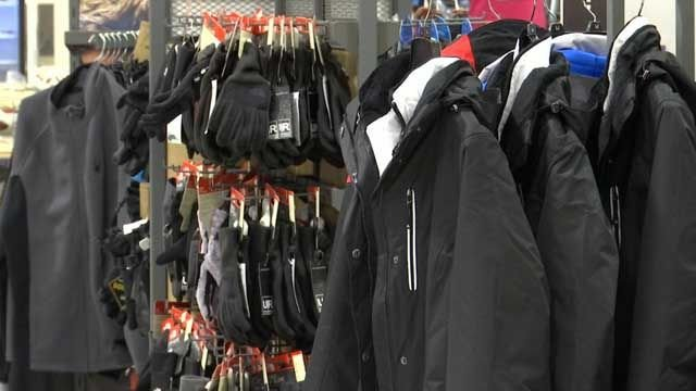 Customers flock to stores ahead of Winter Storm Chris