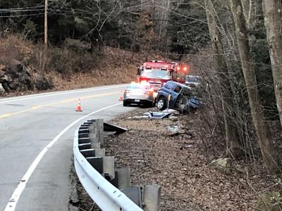 2 seriously injured after one-car crash in Haddam | News