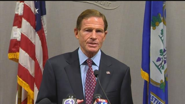 Blumenthal leads town hall on gun violence, student issues