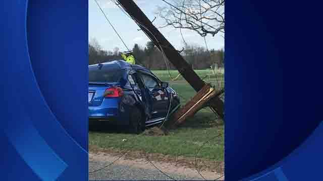 Car crashes into utility pole in Broad Brook