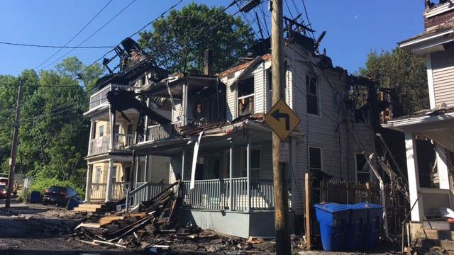 4 homes burned at the same time during Waterbury fire