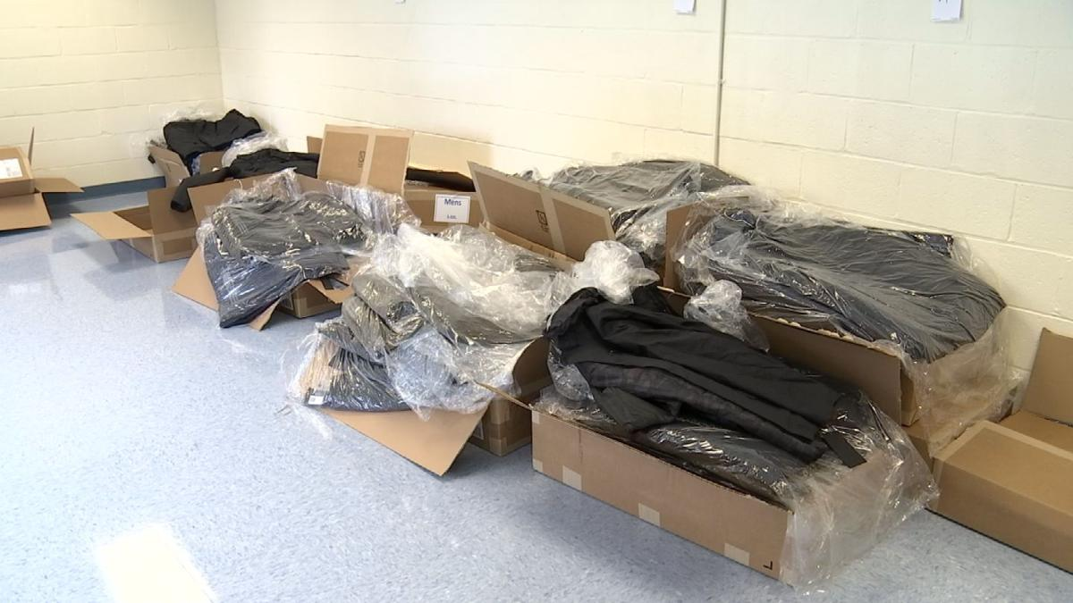 New Haven police provide coats for students in need | News | wfsb com