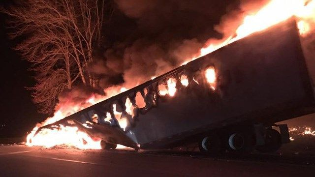 I-395 north closed in Lisbon for a tractor trailer fire
