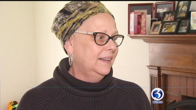 Liberty Bank SurPRIZE Squad helps out CT woman after cancer diagnosis