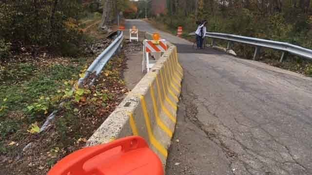 Concerns raised over crumbling bridge in CT town