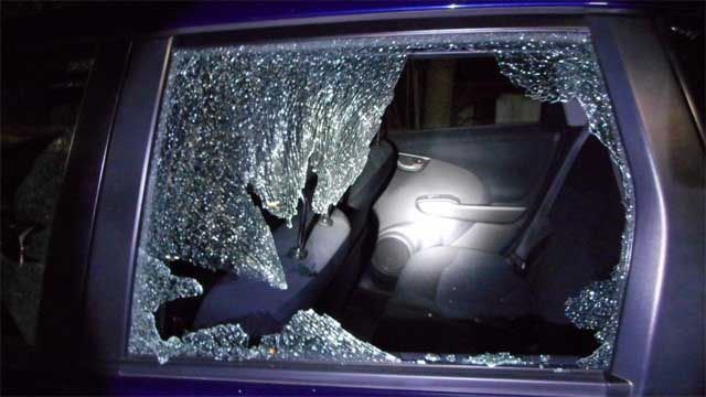 Cars hit by BB pellets in Clinton, Waterford