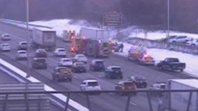 Tractor trailer crash causing delays on I-91 in Windsor