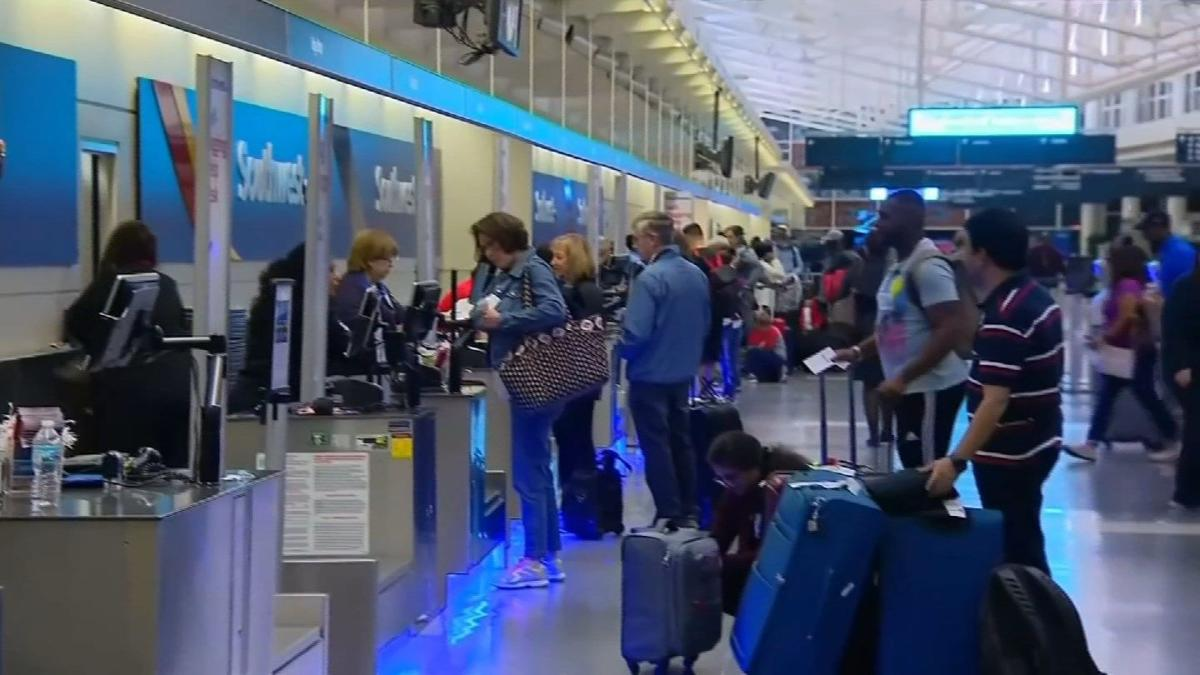 TSA agents headed to Florida to help at airports