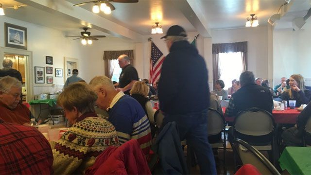 Dozens flock to annual fish fry for Lent in Stonington