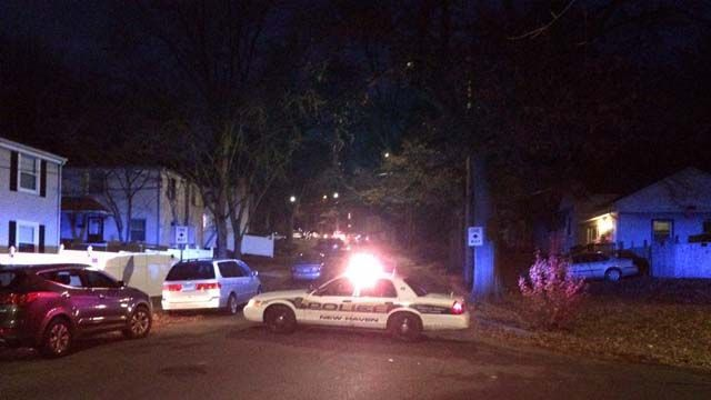 PD: Man's body found near New Haven basketball court
