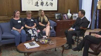 Tong with Recovering Addicts on Opioids