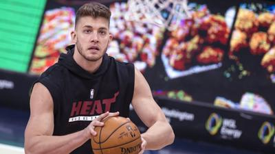 NBA player Meyers Leonard apologizes for using anti-Semitic slur while livestreaming a video game