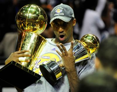 Kobe Bryant headlines list of finalists for Basketball Hall of Fame