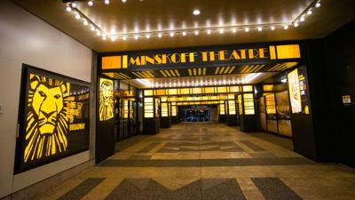 Broadway theaters to remain closed