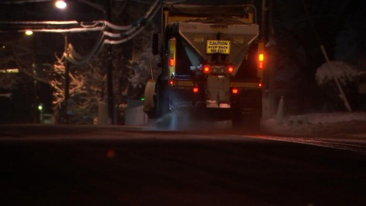 Plow crews clean up snow in Manchester