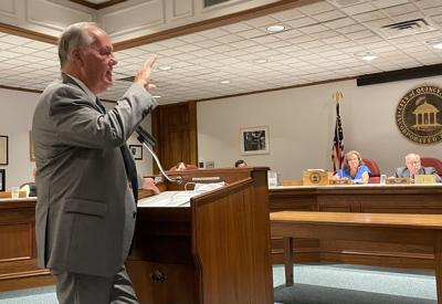 Council hears more opposition to fire, police chief ordinance