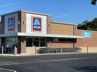 Quincy Aldi welcomes back customers