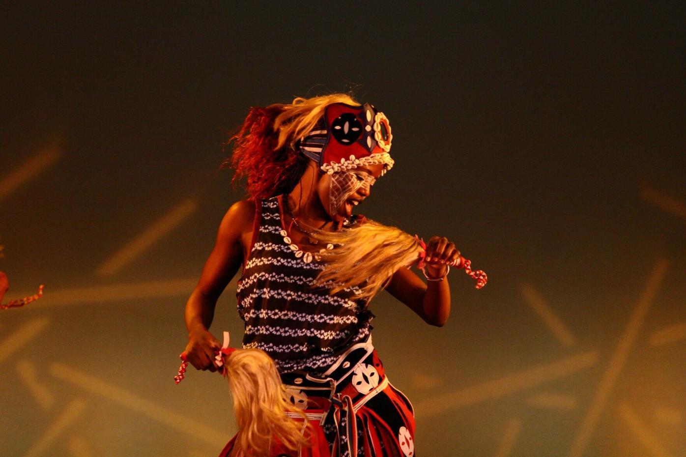 Afriky Lolo performer