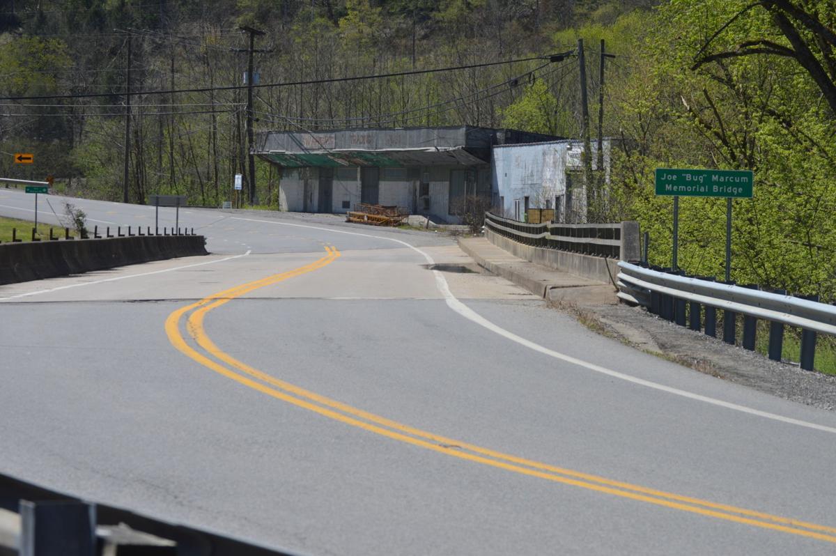 bridge closed 1.JPG