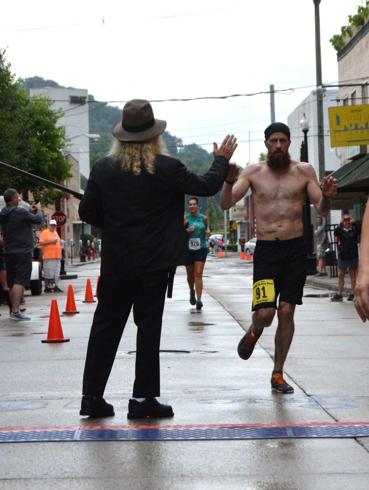 Marathonwinner_46252.JPG