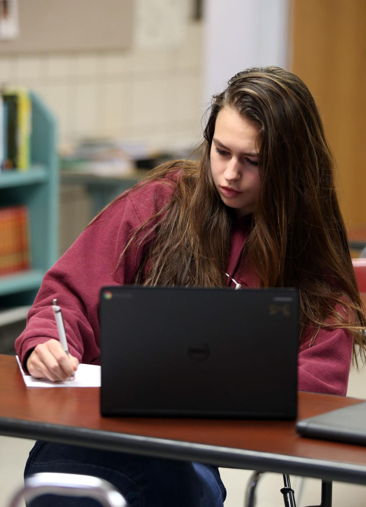 Report: Twice as many WV high schoolers take dual-credit