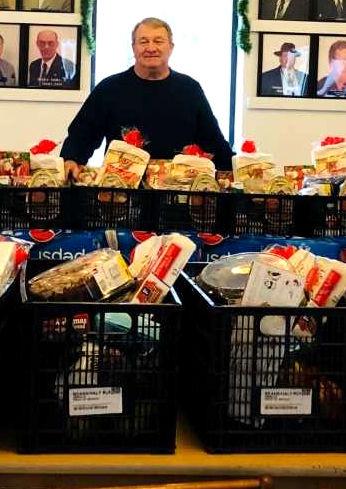 FoodbasketsGibbs_08489.jpg